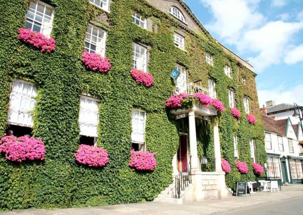 Bury St Edmunds image (Abbey hotel)
